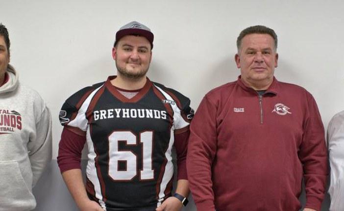Greyhounds..Amerikanischer Spielertrainer verstärkt die Offense Line