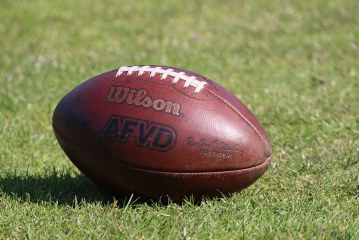 Greyhounds…erstes Auswärtsspiel bei den Chargers